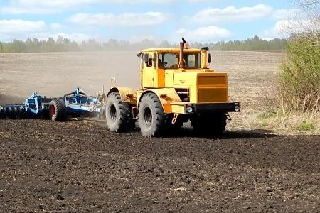 Агротехнологи смогут управлять тракторами и комбайнами дистанционно