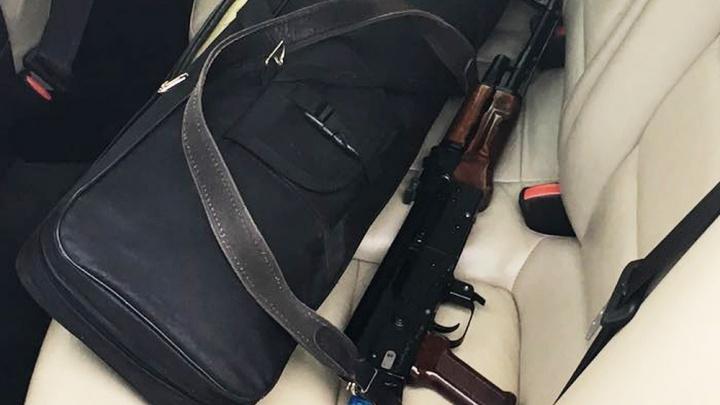 Экс-полицейские отделались условными сроками за продажу чужих ружей