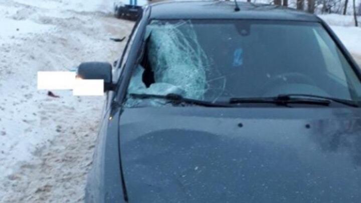 В Прикамье под колесами ВАЗа погибла женщина
