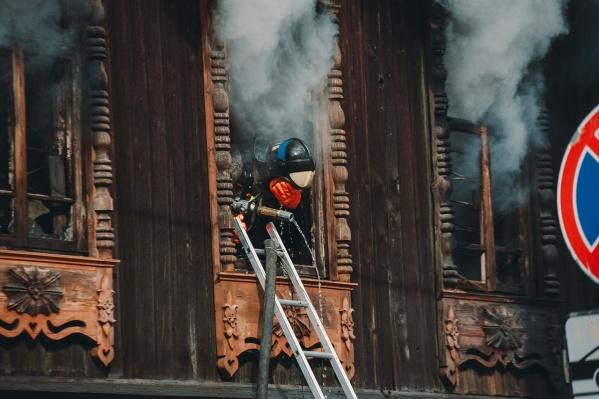 Ущерб от пожара в памятнике архитектуры еще предстоит оценить