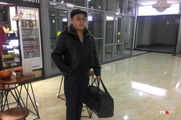Отцу разрешили передать сыну вещи. Одежду, которая была у Рамиля Шамсутдинова, отобрали
