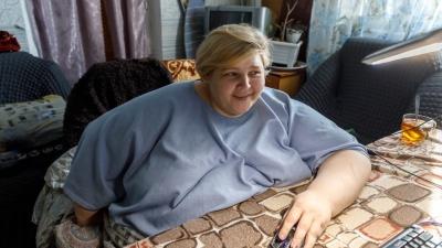 «Могу без майонеза и булочек-дурочек»: самая тяжелая женщина России из Волгограда урезала желудок