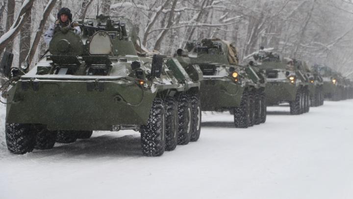Четыре тысячи военных Самарской области подняли по тревоге