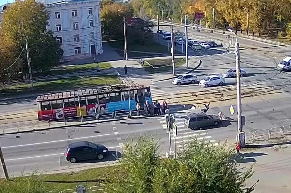 Авария произошла на перекрёстке улиц Горького и Первой Пятилетки