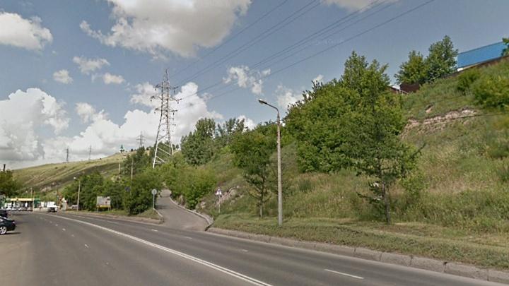 С сегодняшнего дня закрывают опасный проездот Брянской до Покровки