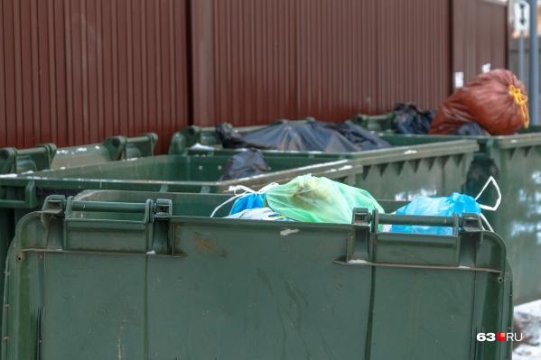 Возможно, дачникам придется платить за вывоз мусора только с мая по октябрь, а не весь год