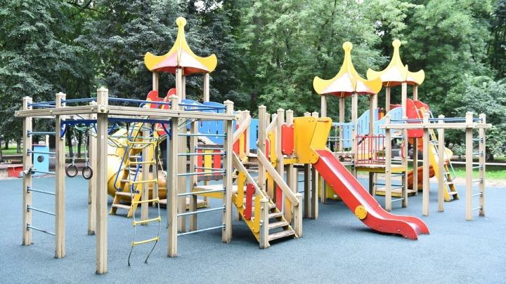 В ярославском парке вместо опасного детского городка поставят замок