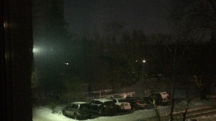 Амурский посёлок из-за аварии остался без света