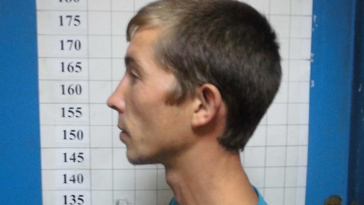 Свердловская полиция разыскивает по фото опасного преступника