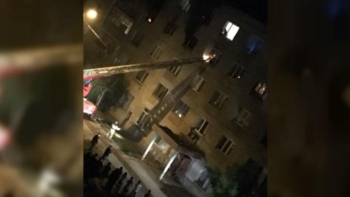 В Башкирии ночью сгорела квартира: погиб мужчина