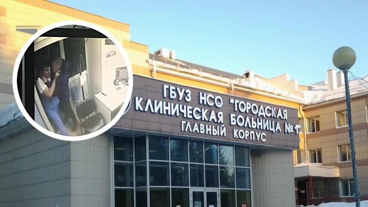 Проломил врачом стену: муж пациентки больницы напал на травматолога