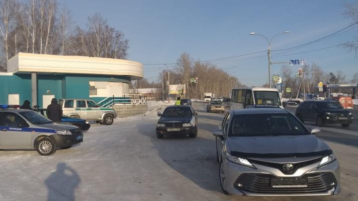 Автоинспекторы устроили засаду на Мочищенском шоссе