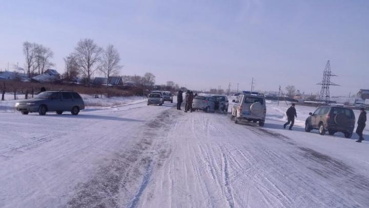 В Мокроусовском районе в аварии пострадали два человека