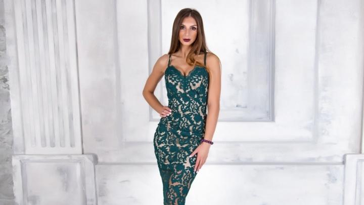 Дизайнеры Limerence выпустили собственную новогоднюю коллекцию платьев