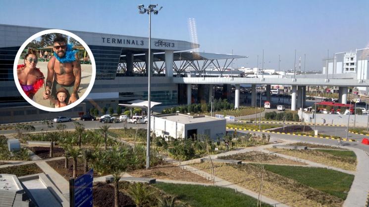 Семью отправили из Дели с двумя пересадками через Бангкок и Москву