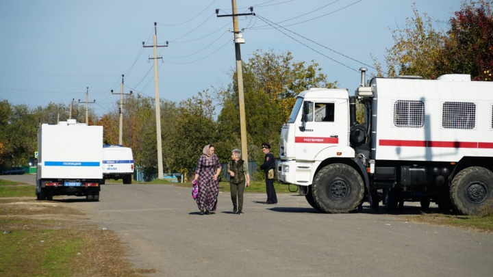 Хутор без связи, тела увезли в Чечню: коротко о том, что происходит в Чернозубове после перестрелки