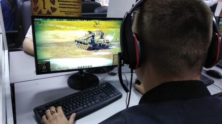 Виртуальное оружие к бою, или Как стать крутым геймером