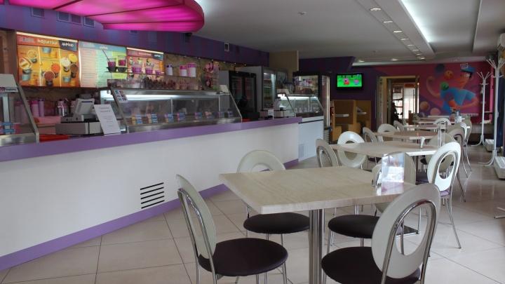 Пломбир здесь больше не живёт: в Новосибирске закрылось кафе-мороженое международной сети
