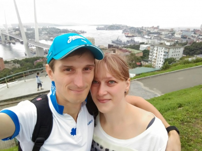 Новосибирец Станислав Гавриленко пережил трансплантацию печени — сейчас он с женой Оксаной борется за адекватную, на их взгляд, реабилитацию