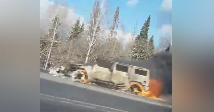 Видео: на Зеледеевском кольце сгорел «Хаммер»