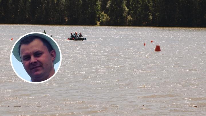 Тюменца парализовало после неудачного прыжка в воду. Его супруга рассказала, как это случилось