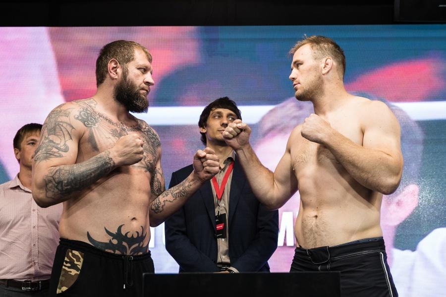 Александр Емельяненко нокаутировал экс-бойца UFC Пешту вовтором раунде