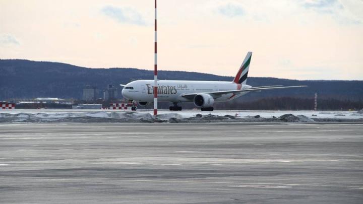 Boeing авиакомпании Emirates, экстренно севший в Кольцово, вылетел в Сиэтл