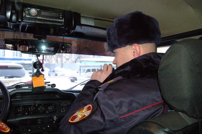 Таксист обратился за помощью к росгвардейцам, патрулировавшим улицы