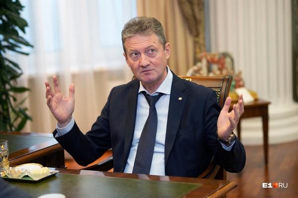 Андрей Козицын признается, что любит Екатеринбург, но чем активнее он меняет город, тем больше вопросов к его решениям появляется у горожан