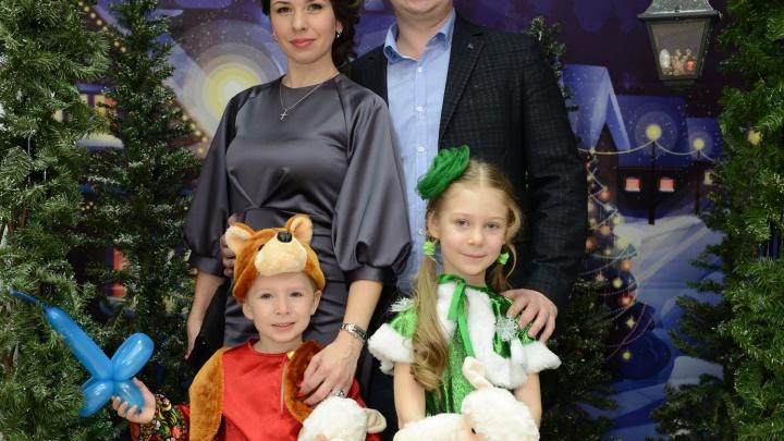 Семейным парам предложили встретить новогоднюю ночь в зимнем лесу