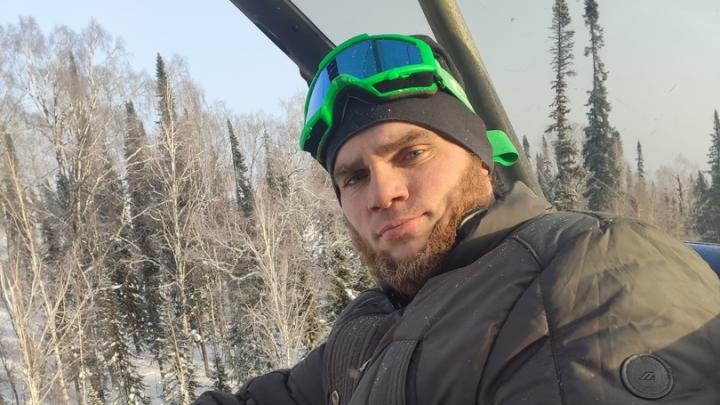 «Мы поднимались и спускались вместе»: брат погибшего в Шерегеше 35-летнего новосибирца — о случившемся