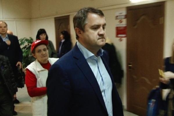 Сейчас Сергей Шатило проходит в качестве обвиняемого по нескольким уголовным делам