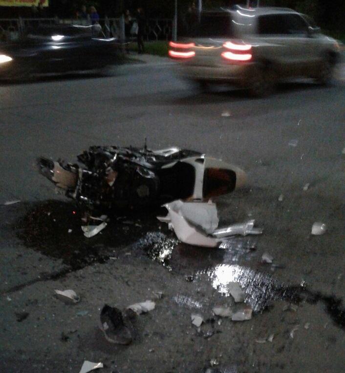 Мотоциклист скончался до приезда медиков