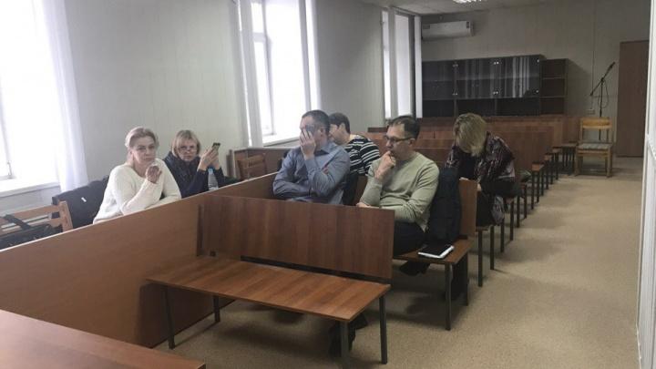 Суд начал читать приговор по делу о краже 1500 квартир