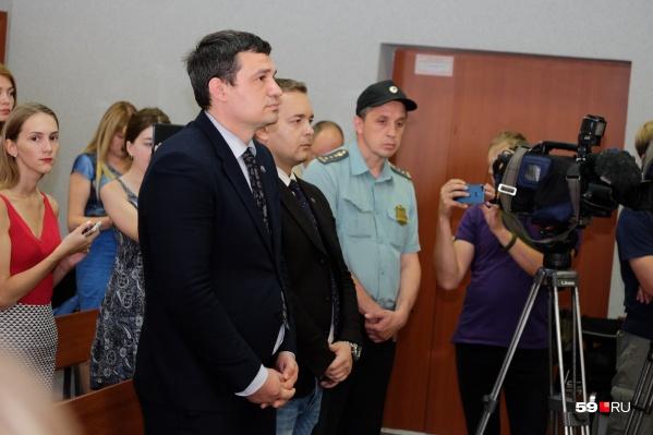 Судья решил, что Александр Телепнев и Сергей Ванкевич должны отправиться в колонию