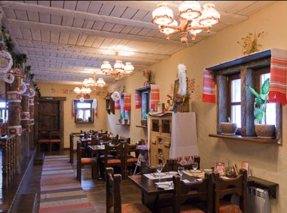 «Вечера на хуторе» был известен своей украинской кухней