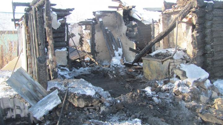 За поджог дома и убийство будут судить жителя Сафакулевского района