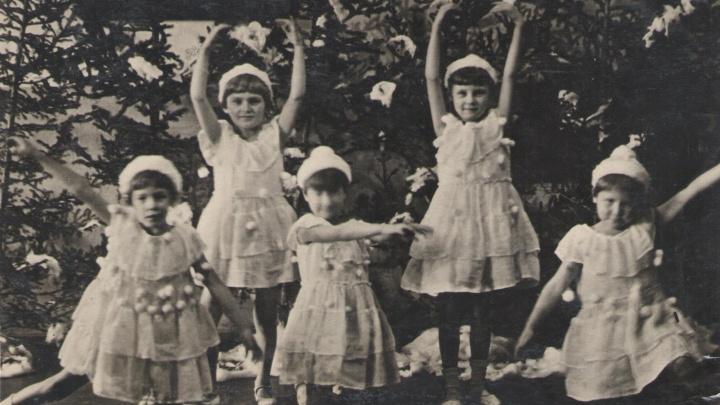 Платье из фаты и ваты: как отмечали Новый год в детсадах 50 лет назад