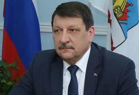 Временный мэр Омска отправил на пенсию главу Кировского округа