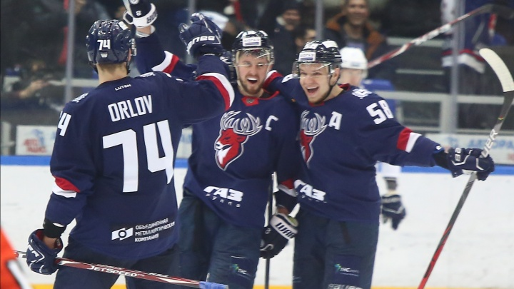 Болельщики танцевали и плакали: как «Торпедо» одержал блистательную победу над столичным «Динамо»