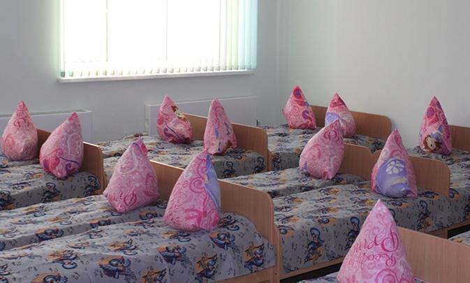 В омском детсаду временно отстранили воспитателя, которого обвинили в жестоком обращении с детьми