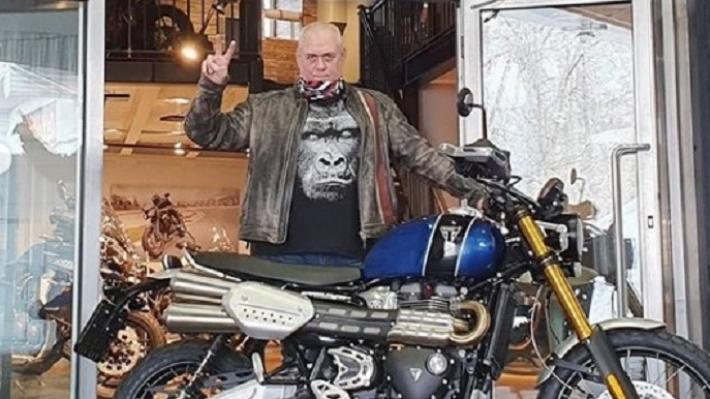 «Хотел умереть на маленькой яхте»: что волгоградцы вспоминают о погибшем журналисте Сергее Доренко