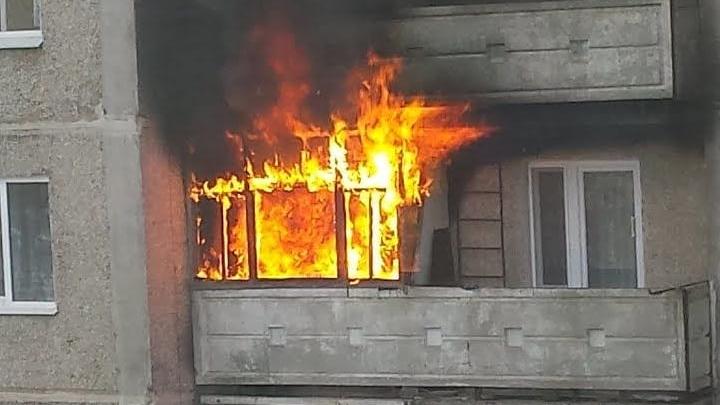 При пожаре в Ростове пострадала 68-летняя женщина