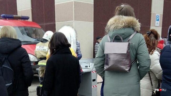 «Огня не видели, но всё понимали»: стало известно о последствиях пожара в ТЦ «Альтаир». Фото