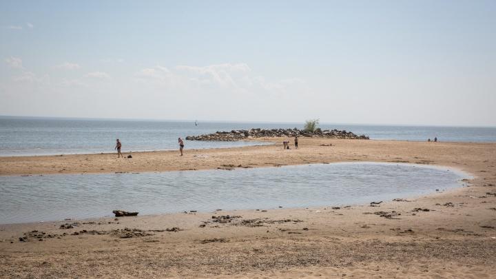 «Все смотрят, никто не разнимает»: приехавших на пляж школьников избили на ОбьГЭС