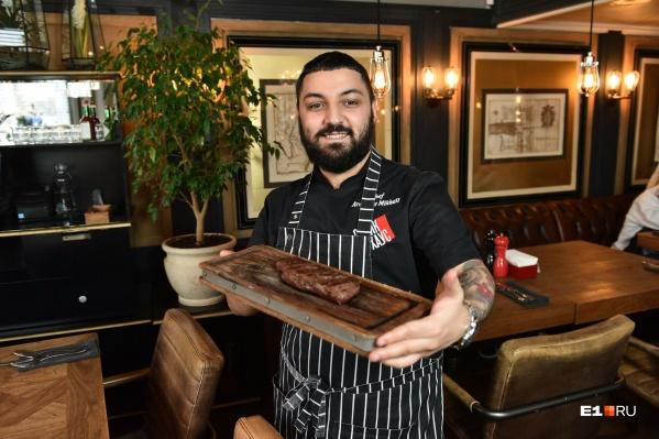 Михаил Аракелов уже 12 лет работает в ресторанахResta Managеment