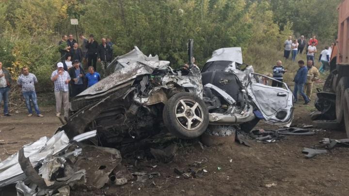 «От машин остались ошмётки»: на трассе под Самарой — массовое ДТП с погибшими