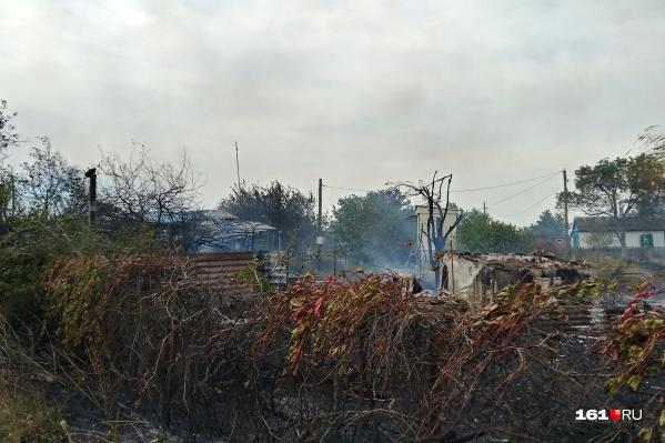 Сгорел жилой дом в хуторе Рогожкино