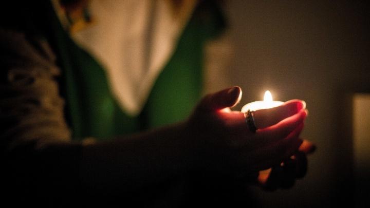 В Октябрьском районе почти 500 домов остались без света