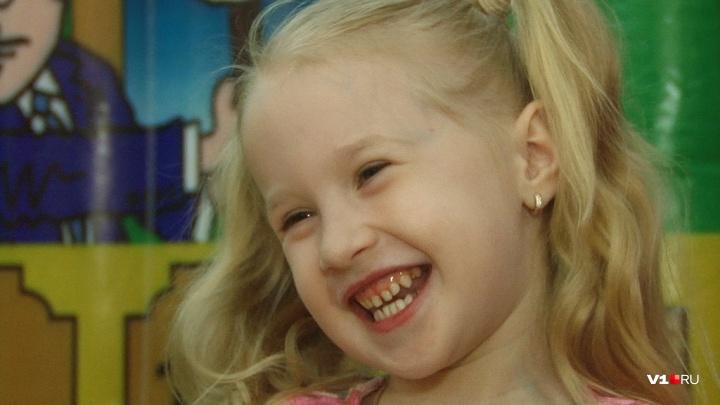 «Она не просто обезьянничает»: маленькая певица из Волгограда уехала на «слепой» кастинг «Голоса»